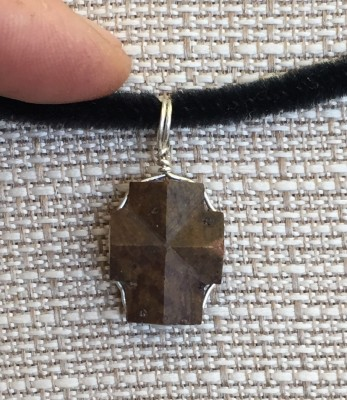 Virginia Staurolite (Fairy stone Cross) Pendant back