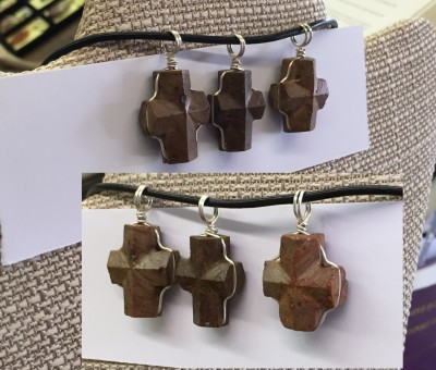 Fairy stone pendants wrapped in SS - side 2 edge view